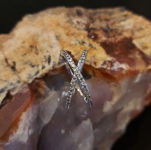 Jewelry - Pave criss cross fashion ring